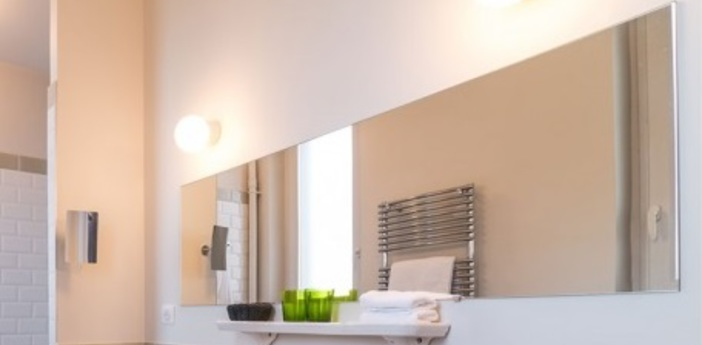 Applique murale de salle de bain pure porcelaine blanc o12 5cm h10 5cm zangra normal