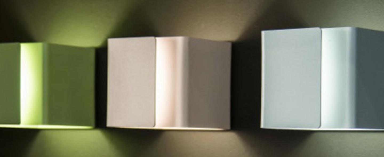 Applique murale ding bleu clair led 2700k 725lm o12cm h12cm dark normal