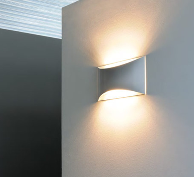Kelly studio 63 oluce 791 bi luminaire lighting design signed 22457 product