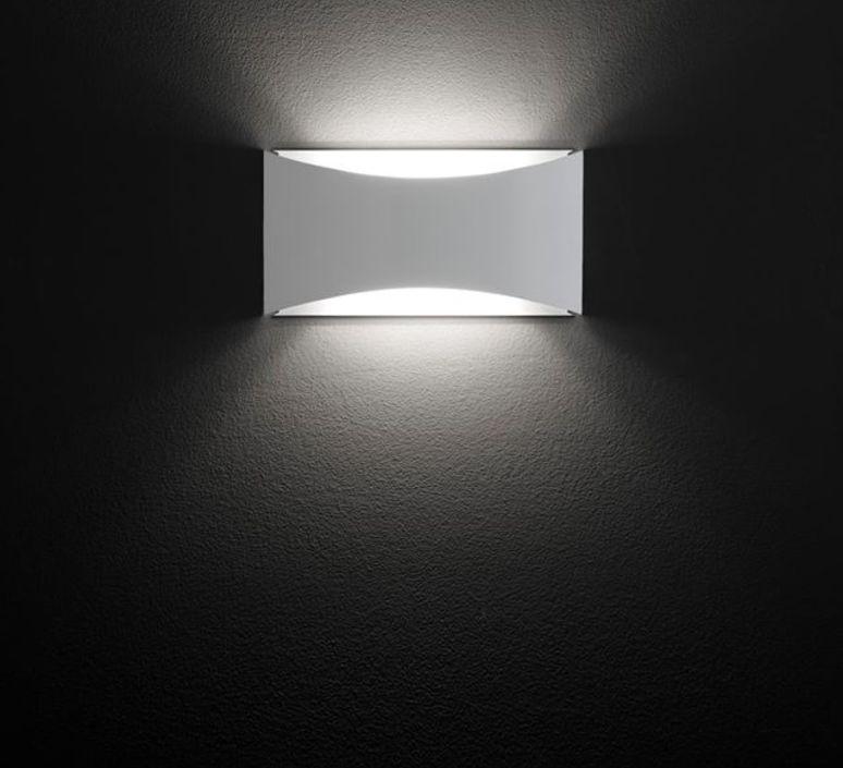 Kelly studio 63 oluce 791 bi luminaire lighting design signed 22459 product