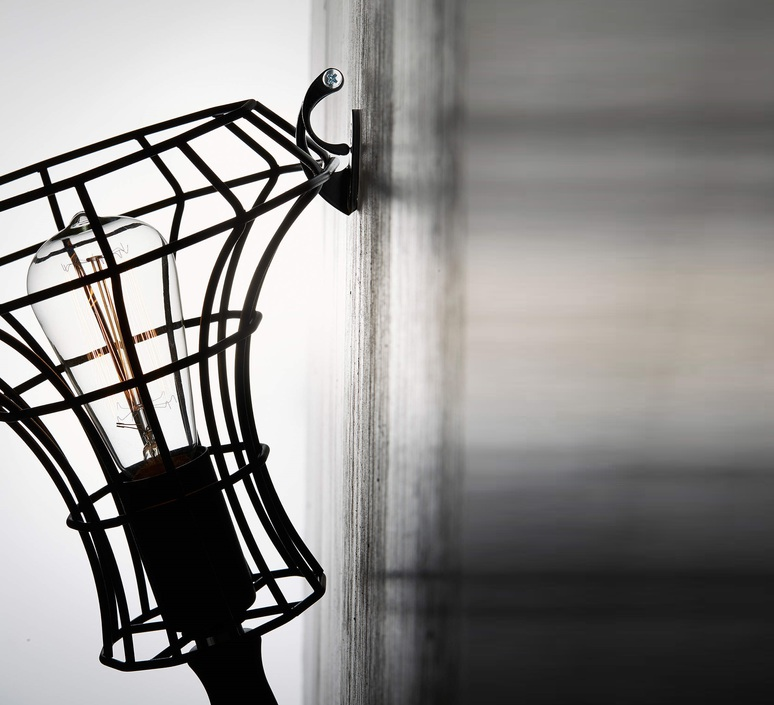 Lady cage massimo rosati zava lady cage applique noir 9005 cable black rayon luminaire lighting design signed 17419 product