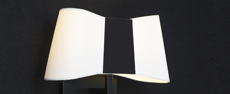 Applique murale led liseuse petit couture blanc noir h33cm designheure normal
