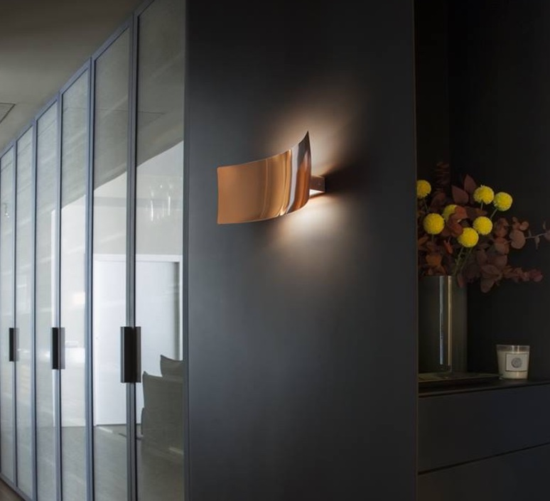 applique murale lens cuivre h16cm oluce luminaires. Black Bedroom Furniture Sets. Home Design Ideas