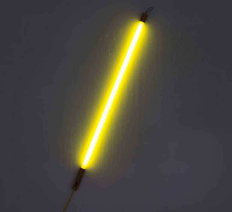 Seletti LuminaireTube NeonLineaJauneLed3000kL134 LuminaireTube Seletti NeonLineaJauneLed3000kL134 5cmCm 5cmCm lKTJcF13