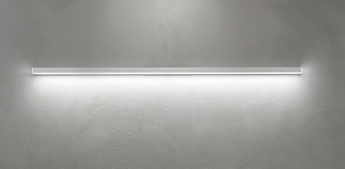 Applique murale linescapes blanc led 3000k 4320lm l4cm h182cm nemo lighting normal