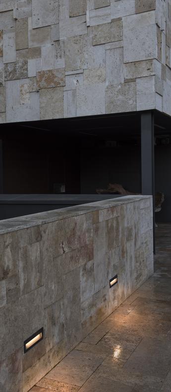 Applique murale nat led gris fonce ip65 l22 5cm h7 5cm faro normal