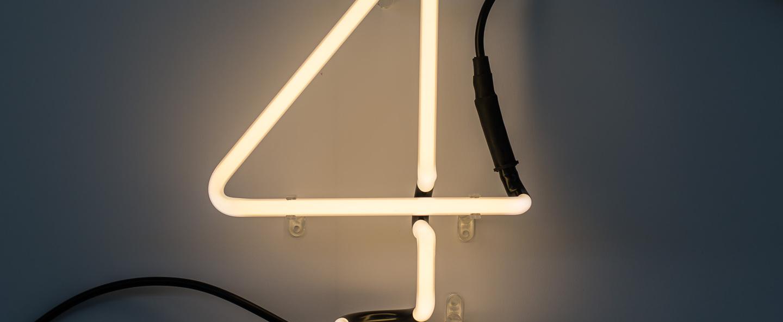 Applique murale neon art chiffre 4 transformateur blanc h17cm seletti normal