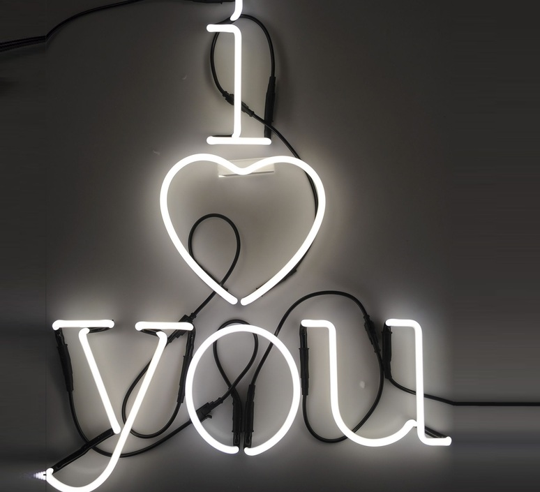 Neon art coeur transformateur selab seletti 01422 cuo 01423 luminaire lighting design signed 16301 product