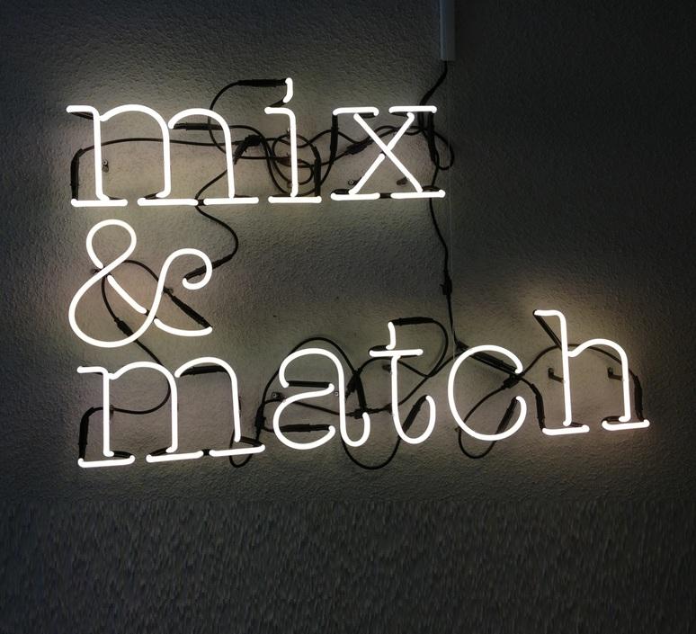 Neon art i transformateur selab seletti 01422 i 01423 luminaire lighting design signed 16199 product