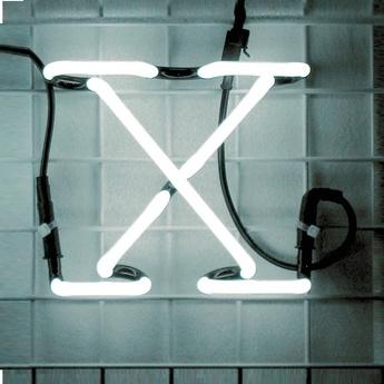 Applique murale neon art x transformateur blanc brillant h17cm seletti normal