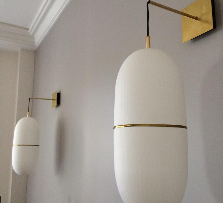 applique murale precious h blanc laiton h46cm 20cm celine wright luminaires nedgis. Black Bedroom Furniture Sets. Home Design Ideas