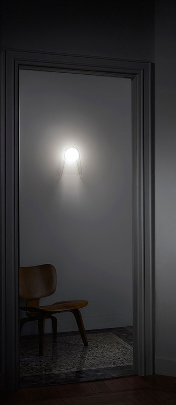 Applique murale satellight blanc transparent dimmable led 2700k 957lm l21cm h29cm foscarini normal