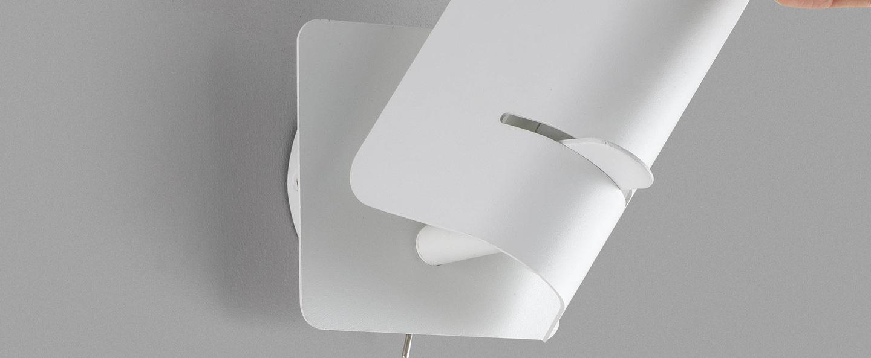 Applique murale smile blanc l12cm h19 5cm faro normal