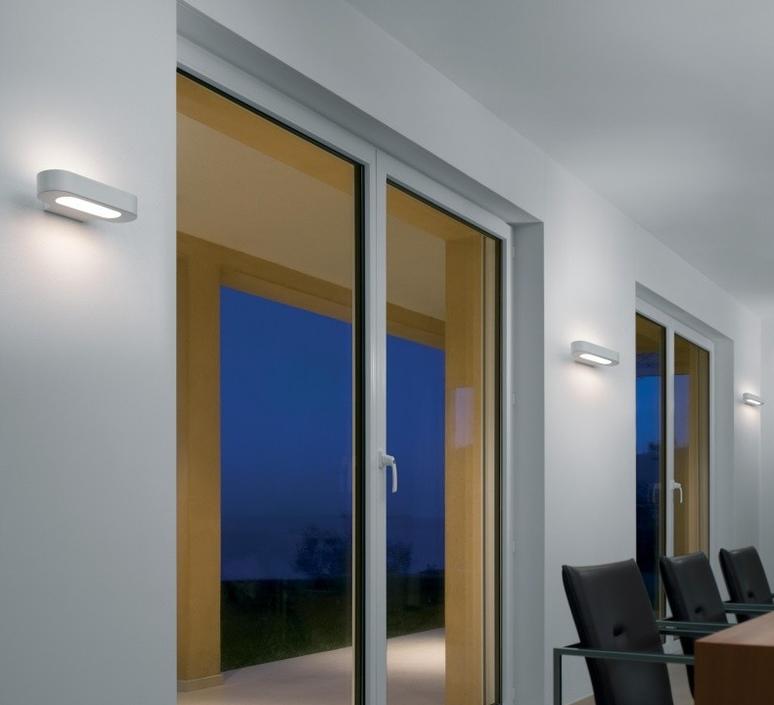 Talo neil poulton applique murale wall light  artemide 0615w20a  design signed 61259 product