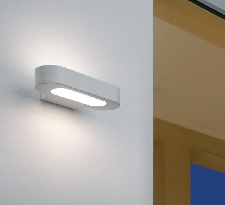 Talo neil poulton applique murale wall light  artemide 0615w20a  design signed 61260 product