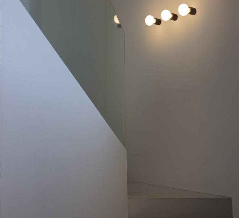 Ten estudi ribaudi lampe a poser table lamp  faro 62156  design signed 39732 product
