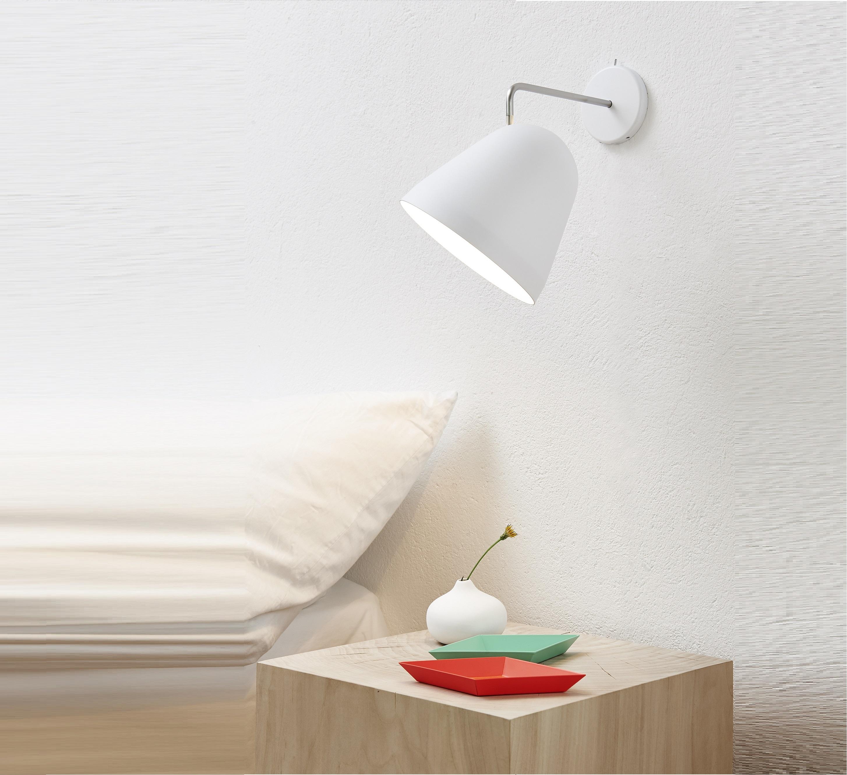 applique murale tilt blanc h24cm nyta luminaires nedgis. Black Bedroom Furniture Sets. Home Design Ideas
