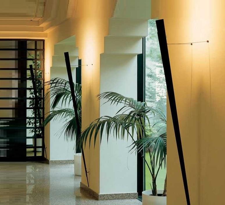 Torchere gilles derain lumen center italia torc102l luminaire lighting design signed 23150 product