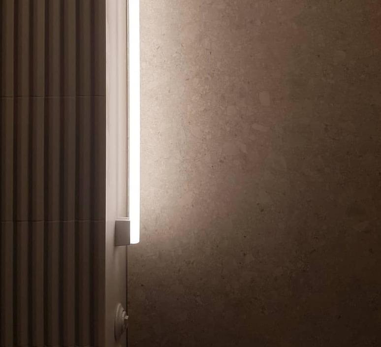 Tube studio zangra applique murale wall light  zangra light 073 02 100 wm  design signed 97873 product