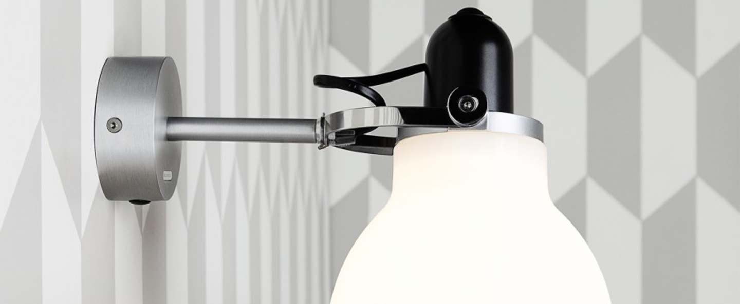 Applique murale type 1228 blanc h18cm anglepoise normal