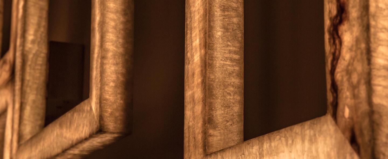 Applique murale uffizi 2 ambre led 2700k 2100lm l30cm h40cm contardi normal