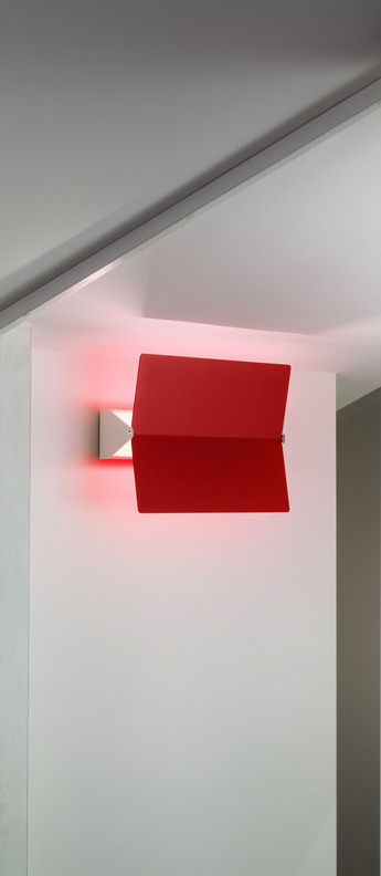 Applique murale volet pivotant plie rouge l26cm h34cm nemo lighting normal