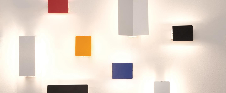 Applique murale volet pivotant simple rouge led 3000k 1000lm l17cm h13cm nemo lighting normal