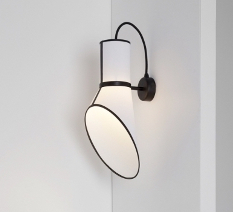 Wall light Baby Cargo white black H45cm L27cm Designheure