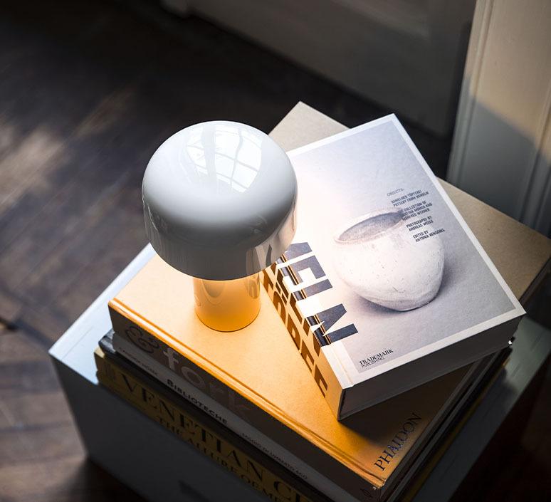 Bellhop edward barber jay osgerby baladeuse portable lamp  flos f1060009  design signed nedgis 98076 product
