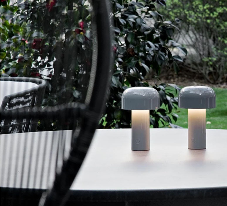 Bellhop edward barber jay osgerby baladeuse portable lamp  flos f1060020  design signed nedgis 98069 product