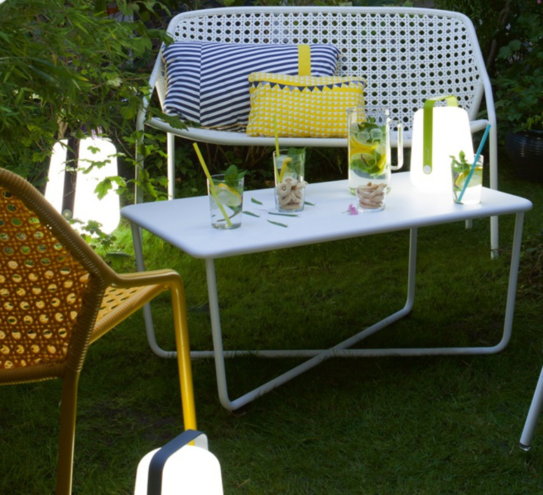 Balad tristan lohner baladeuse d exterieur outdoor portable lamp  fermob 3621 26  design signed 32787 product