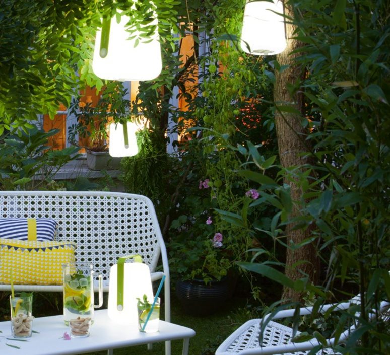 Balad tristan lohner baladeuse d exterieur outdoor portable lamp  fermob 3621 29  design signed 32774 product