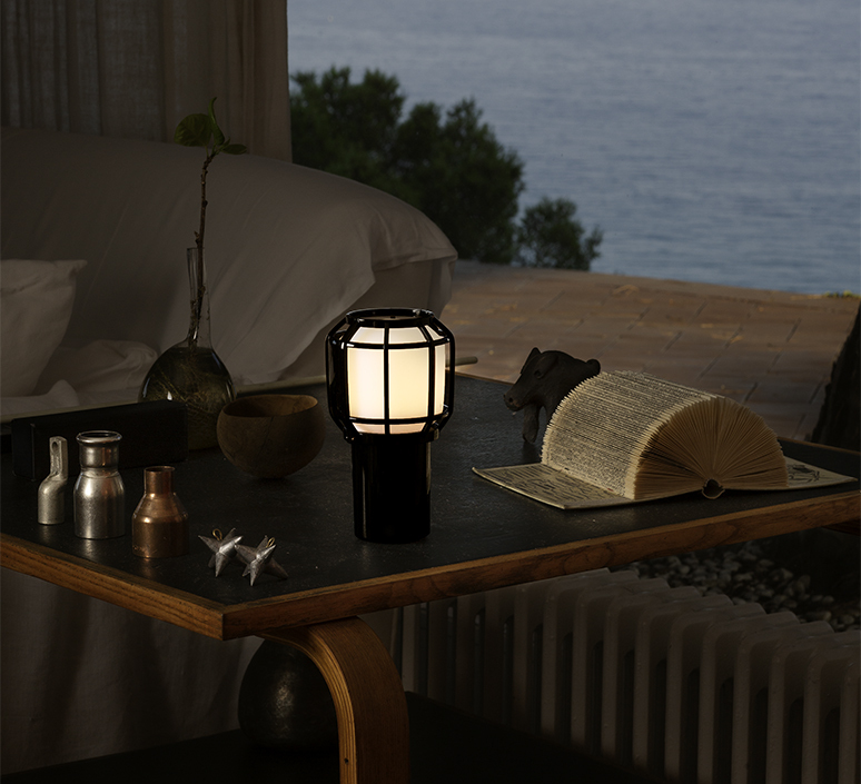 Chispa joan gaspar baladeuse d exterieur outdoor portable lamp  marset a703 001  design signed nedgis 117348 product