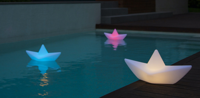 Baladeuse d exterieur the boat blanc ipx8 led 65lm l50cm h23cm goodnight light normal