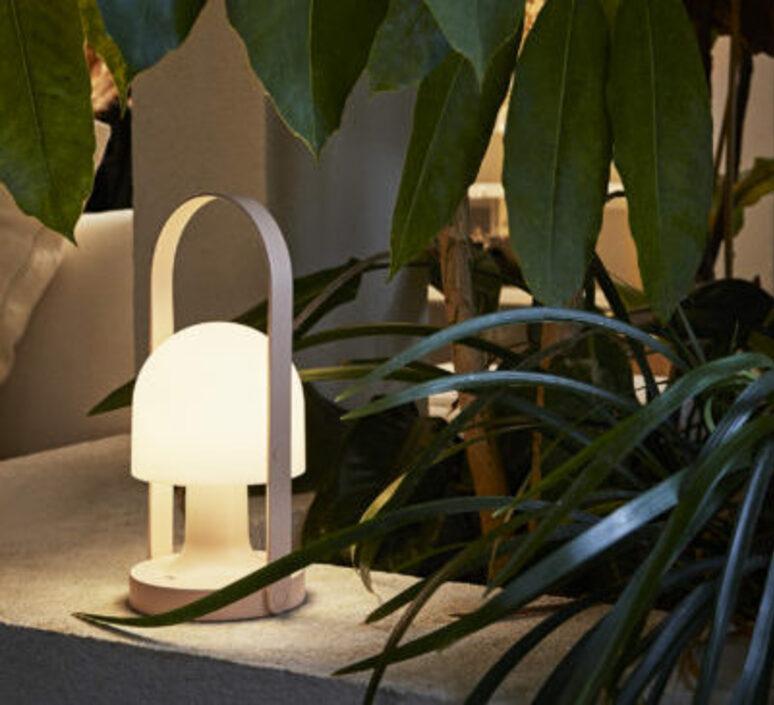Follow me inma bermudez baladeuse portable lamp  marset a657 021  design signed nedgis 85006 product