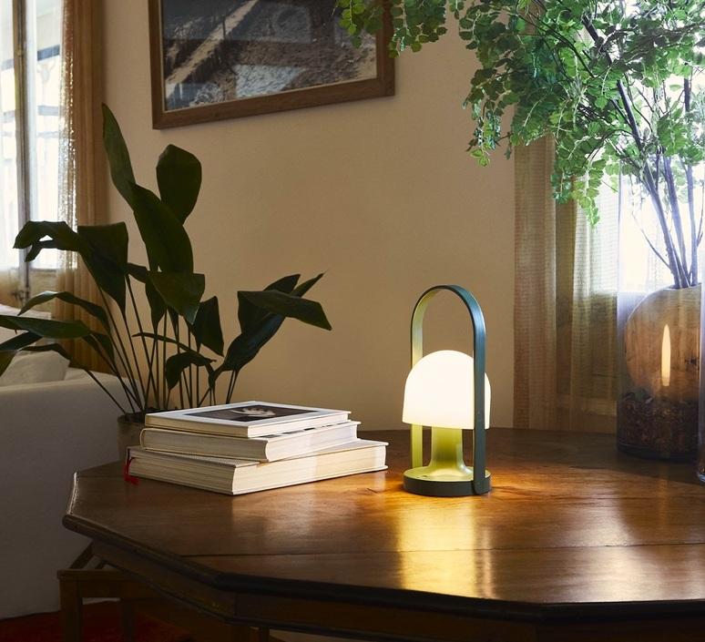 Follow me inma bermudez baladeuse portable lamp  marset a657 020  design signed nedgis 100702 product