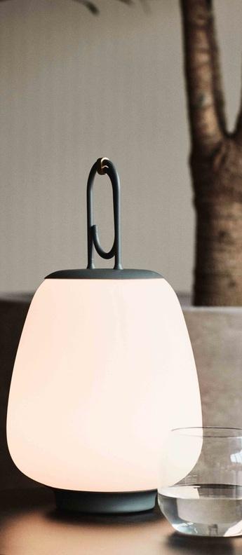 Baladeuse lucca sc51 gris ip44 tout type d ampoule 2700k lm o24cm h37cm andtradition normal