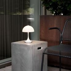 Panthella baladeuse verner panton baladeuse portable lamp  louis poulsen 5744166661  design signed nedgis 107297 thumb