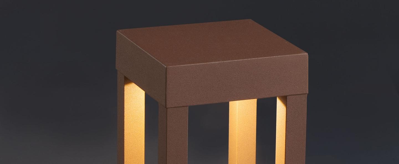 Borne d exterieur agra marron hauteur 20cm faro normal