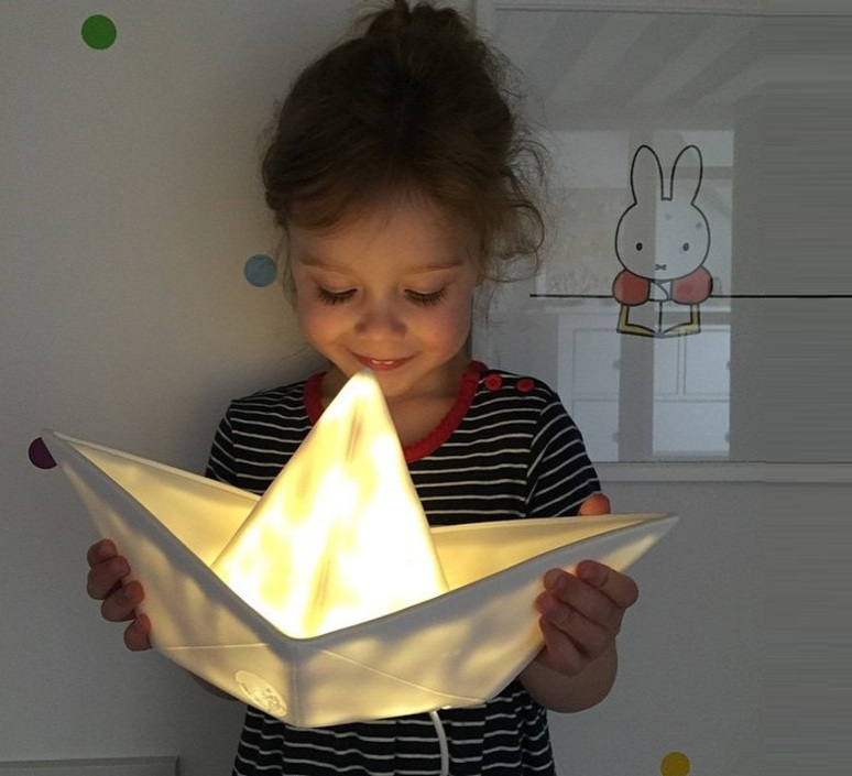 Bateau lorena canals goodnight light paperboat blanc luminaire lighting design signed 60578 product