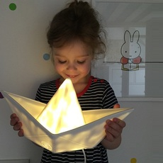 Bateau lorena canals goodnight light paperboat blanc luminaire lighting design signed 60578 thumb