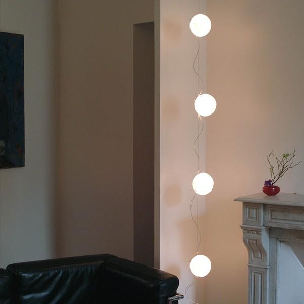 guirlande lumineuse lune prise au sol blanc h250cm celine wright luminaires nedgis. Black Bedroom Furniture Sets. Home Design Ideas