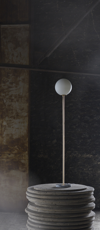 Lampadaire 06 version 1 laiton marbre de carrare o25cm h160cm magic circus editions normal
