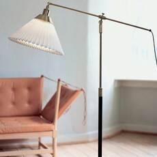 349 aage petersen lampadaire floor light  le klint 349  design signed nedgis 90899 thumb