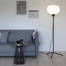 Awa lena billmeier et david baur lampadaire floor light  teo t0017l bk006  design signed 33244 thumb