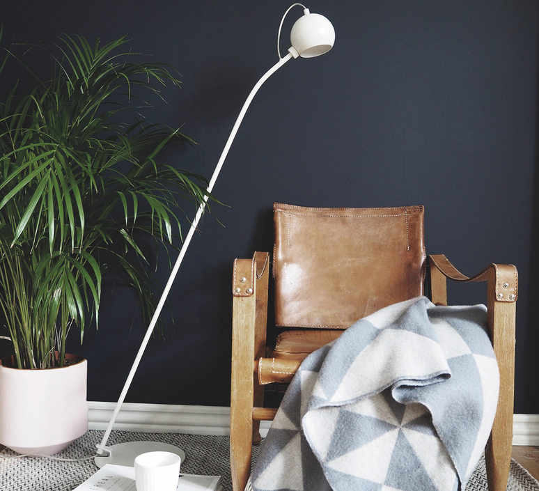 Ball  benny frandsen lampadaire floor light  frandsen 30700060111  design signed nedgis 91757 product