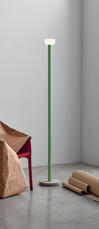 Lampadaire bellhop vert led 2700k 1023lm o26cm h178cm flos normal