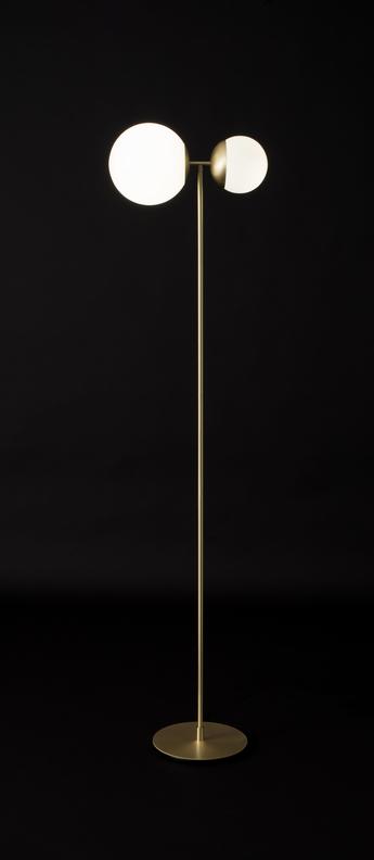 Lampadaire biba laiton satine verre blanc led 2700k 1276lm l39cm h160cm tato italia normal