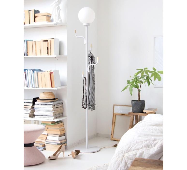 Big darling portementau maria gustavsson lampadaire floor light  swedish ninja bfl05   design signed nedgis 118089 product