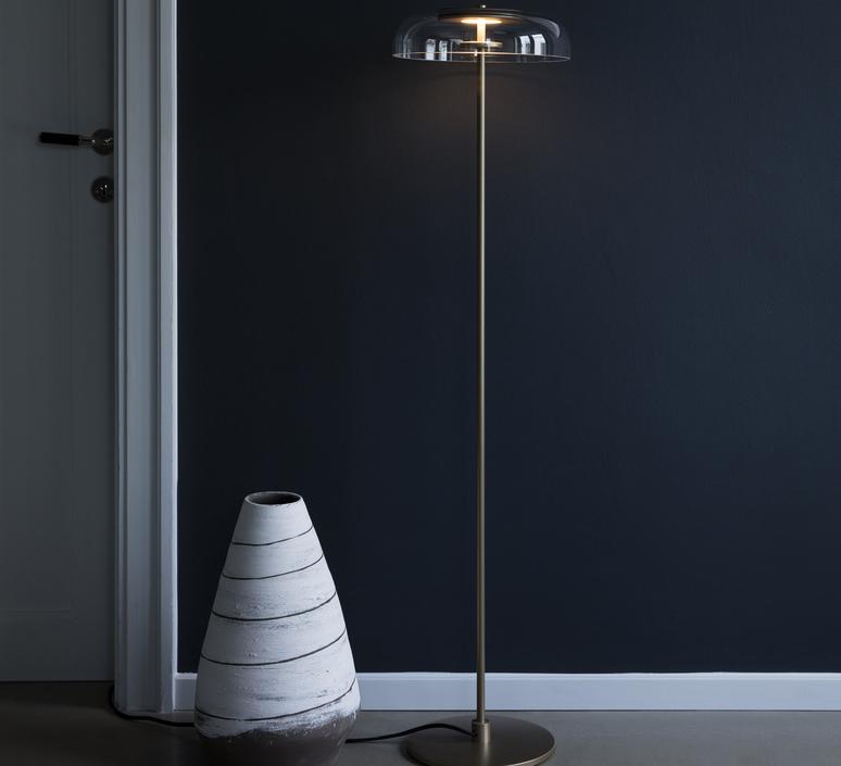 Blossi sofie refer lampadaire floor light  nuura 02590121  design signed nedgis 89790 product